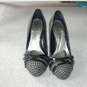 Apt. 9 Houndstooth Heels